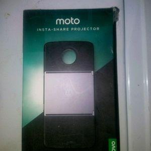 Moto insta-Share Projector